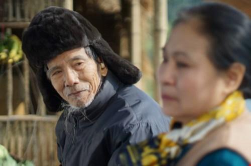 """NSƯT Trần Hạnh trong phim """"Bão qua làng"""". Ảnh: TL"""