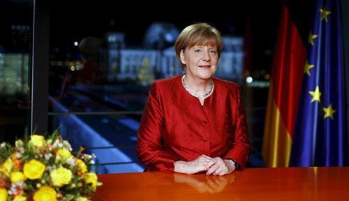 Thủ tướng Đức Angela Merkel ghi hình bài phát biểu gửi đến người dân trong nước khi sắp bước sang năm 2016.