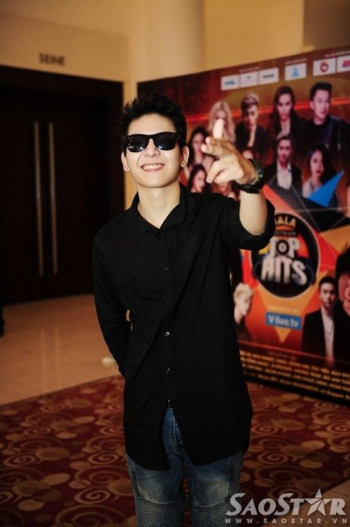 Ca sĩ Kelvin Khánh - cựu thành viên nhóm La Thăng.