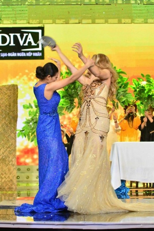 2. Huynh Lap - Tieu pham Yeu Toi Di (12)