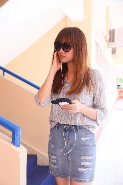 Cô dành thời gian để học cho thuộc lời hơn ca khúc bản thân sẽ trình diễn.