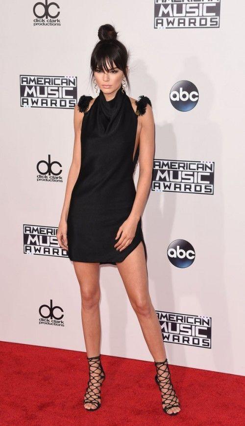 Kendall-Jenner-Shoe-Styling-Trick (3)