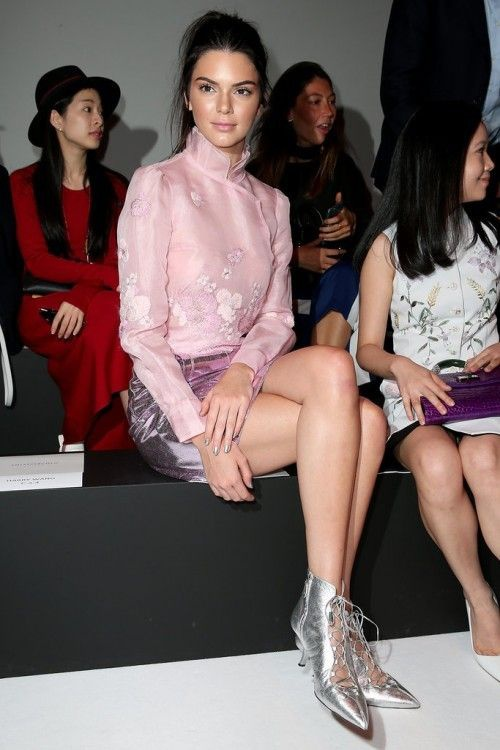 Kendall-Jenner-Shoe-Styling-Trick