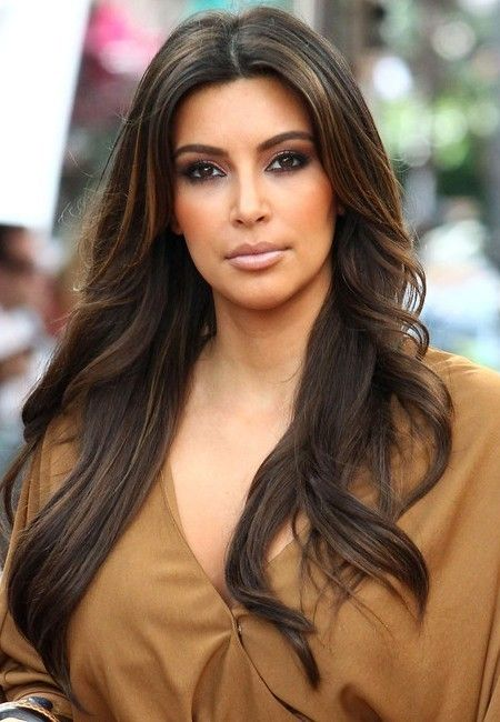 kim-kardashian-long-layered-hairstyle-2016-450x650