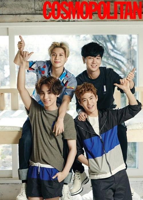 4 chàng trai đến từ công ty giải trí SM, phối hợp với tạp chí để thực hiện chiến dịch Make A Promise của UNICEF.