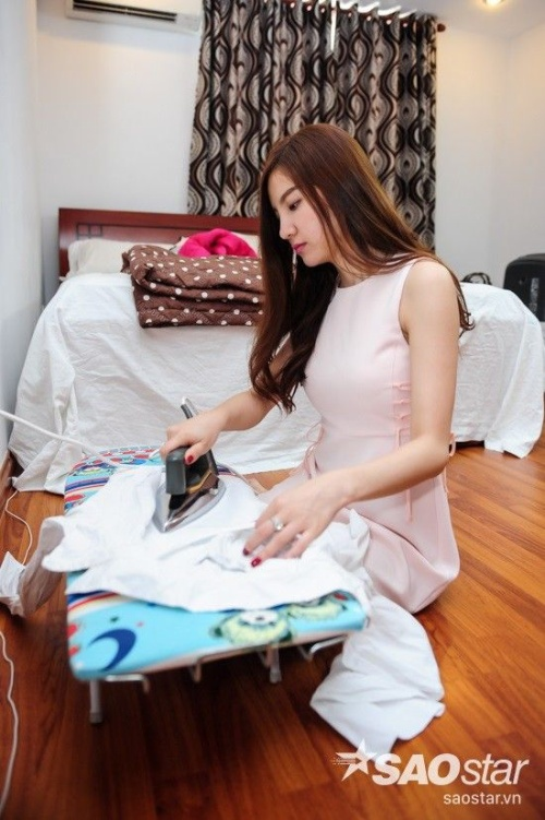 Emily Hanhsino (29)