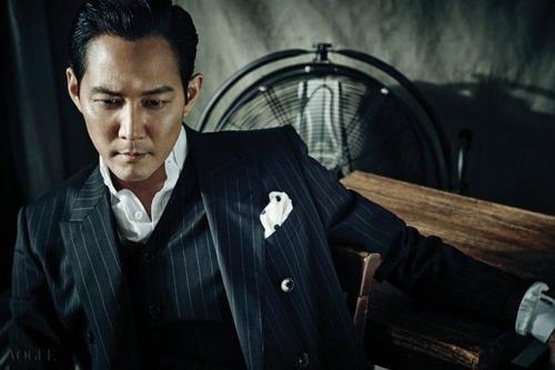 Hiện tại, Lee Jung Jae là cái tên quen thuộc trên màn ảnh rộng, hình tượng gai góc, trưởng thành hơn.