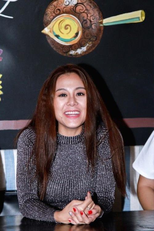 Nam Thu (22)