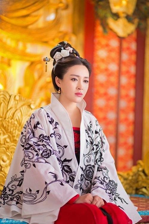 Luu Nga (550 x 825)