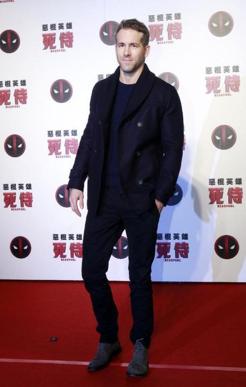 Deadpool bị cấm chiếu tại Trung Quốc, Ryan Reynolds bèn sang...Đài Loan để quảng bá phim.