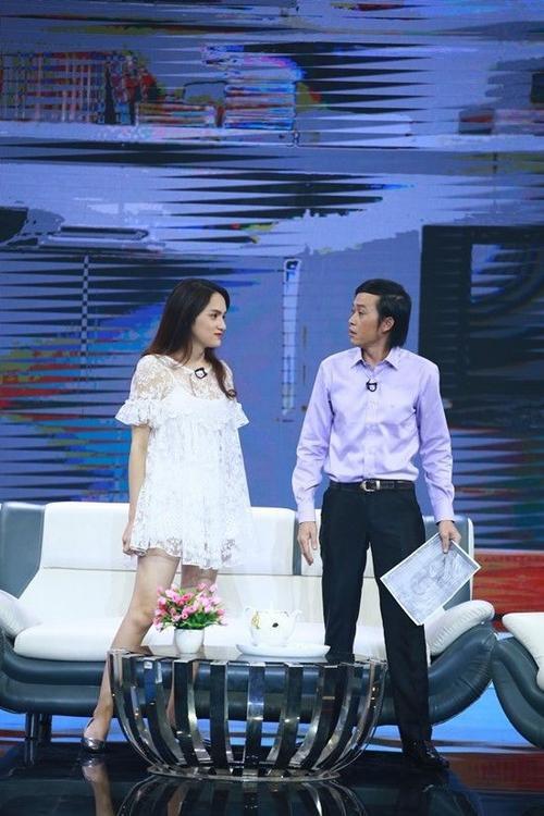 Huong Giang - Hoai Linh (1)