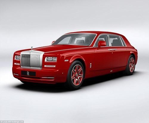 """Du khách nghỉ lại trong """"13 Hotel"""" sẽ được chăm sóc bởi một quản gia 24/24 và có quyền tự do sử dụng dàn xe Rolls Royce Phantom của khách sạn."""