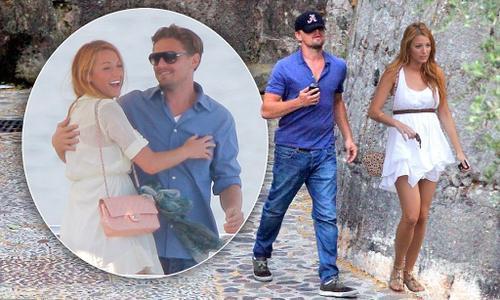 """Năm 2011, những hình ảnh Leo tình tứ bên kiều nữ tóc vàng Blake Lively được báo giới săn lùng. Một nguồn tin tiết lộ với tạp chí Us: """"Leo chưa từng hẹn hò với cô gái biết nấu ăn. Và vì thế anh ấy bị mê mẩn"""". Nhưng chỉ 5 tháng sau, tài tử và kiều nữ chia tay trong yên ắng."""
