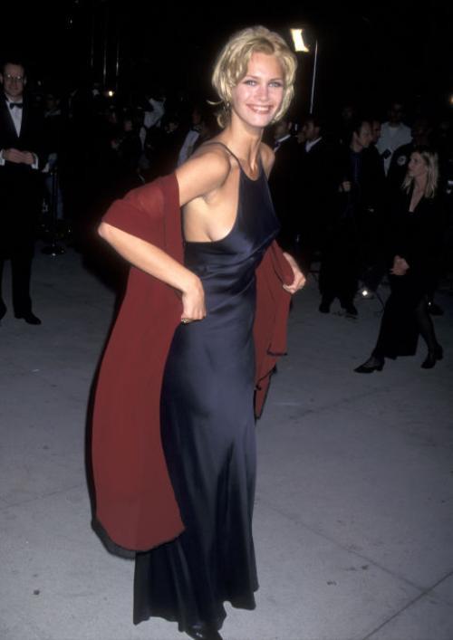 Một chân dài tóc vàng khác trong nhóm tiệc tùng của Leo là người mẫu Natasha Henstridge. Cô chuyển sang đóng phim và gây ấn tượng qua vai chính trong Species. Leo và Natasha có thời gian cặp kè ngắn ngủi vào năm 1997.