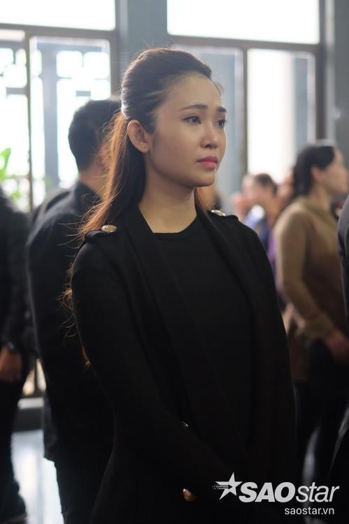 Người dẫn chương trình Thùy Linh rưng rưng nước mắt khi nghĩ về nhạc sĩ Lương Minh và sự ra đi của anh.