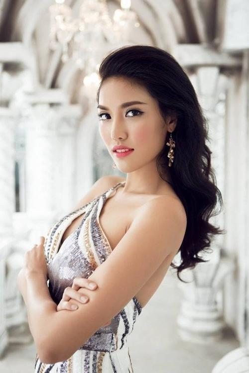 Trần Ngọc Lan Khuê có tên trong Top 50 người đẹp.