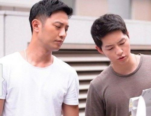 Song Jong Ki và Jin Goo thân thiết cùng nhau tập kịch bản