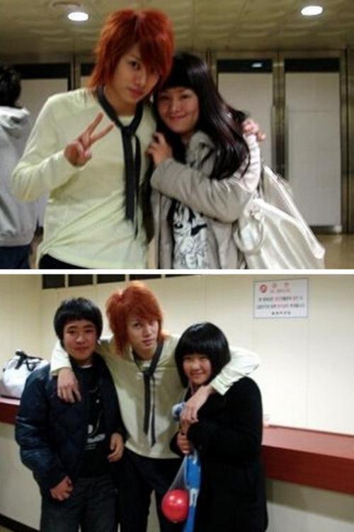 Kim Hee Chul có em trai và em gái.Vấn đề là cả hai đều không có vẻ ngoài như ngôi sao nổi tiếng.