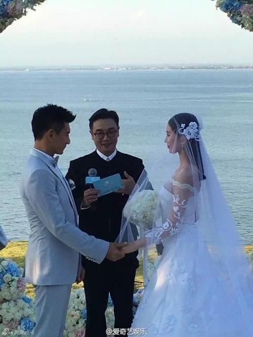 Nam diễn viên Lưu Tùng Nhân là chủ hôn. Ông đóng vai Hoàng A Mã trong Bộ bộ kinh tâm.