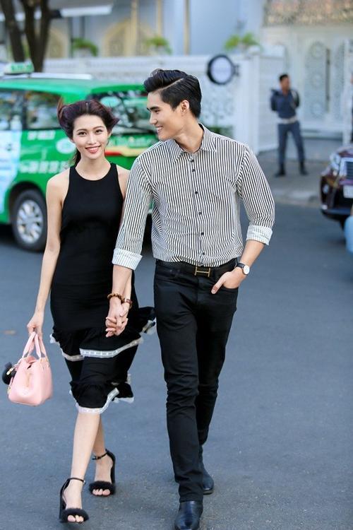 Cặp đôi Quỳnh Châu - Quang Hùng cũng góp mặt tại bữa tiệc.