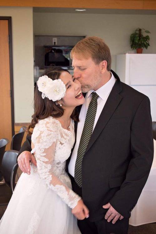 """""""Mục đích của hôn nhân là hạnh phúc. Tôi mong mọi người đừng vì bất cứ lý do nào mà đánh mất nó."""""""