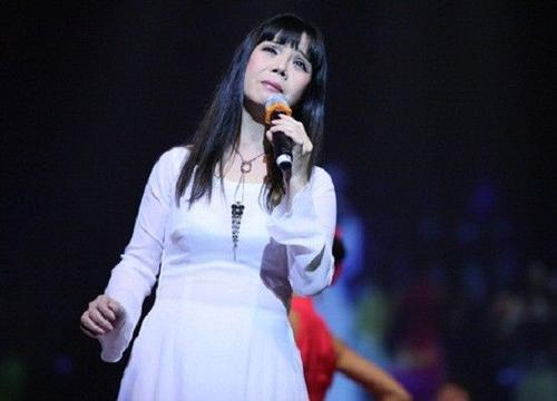 Sắp tới, Ánh Tuyết có đêm nhạc chung với Khánh Ly và Hồng Nhung.