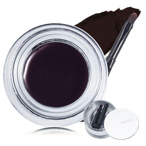 Với giá siêu hạt dẻ tầm 199.000 vnd bạn đã có thể sở hữu the face shop face it maxx eye gel liner là gel liner đạng kẻ viền mắt được chiết xuất từ tinh dầu hạt Argan. với thiết kế  cọ vẽ thông minh có thể gấp lại sau khi sử dụng.