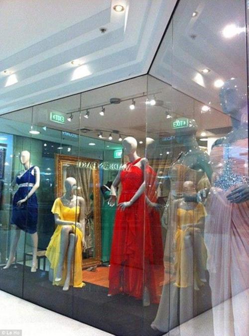 Tiệm áo cưới của  Le Ho tại Sydney.