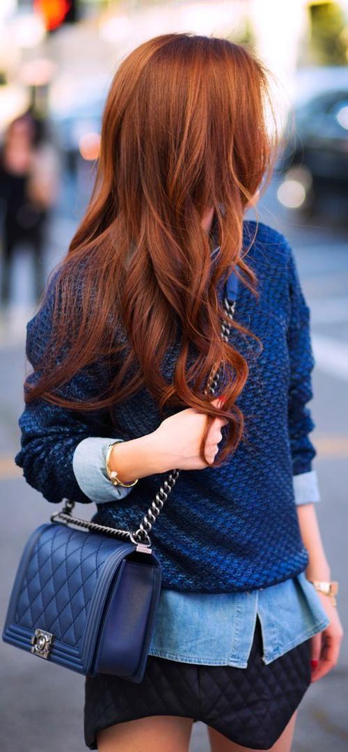 Làm nóng mùa hè của bạn bằng mái tóc hung đỏ tự nhiên.
