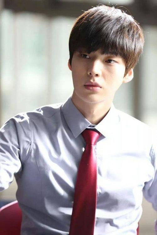 ahn-jae-hyun-goo-hye-sun-ket-hon2