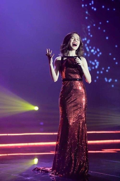 Giang Hong Ngoc (18)