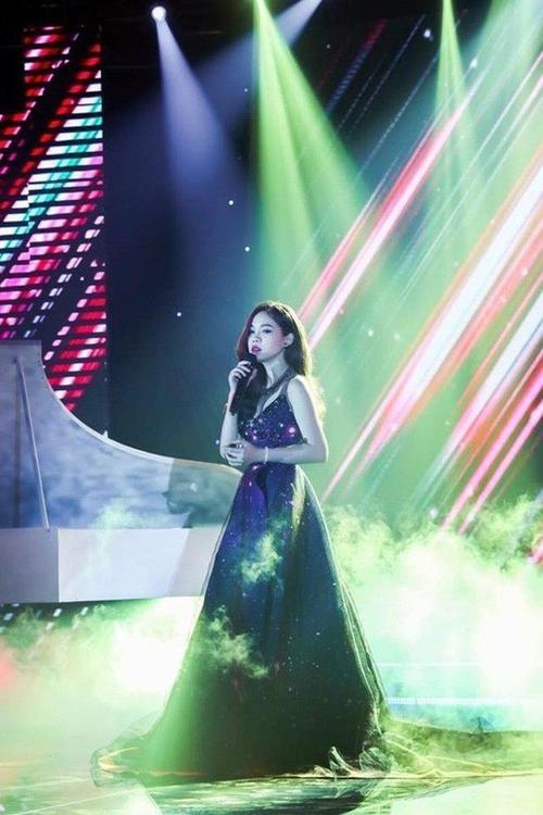 Giang Hong Ngoc (8)