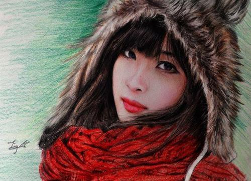Theo Trường Minh, điều khó nhất khi vẽ một bức tranh chân dung chì màu khó nhất là phần tả da mặt.
