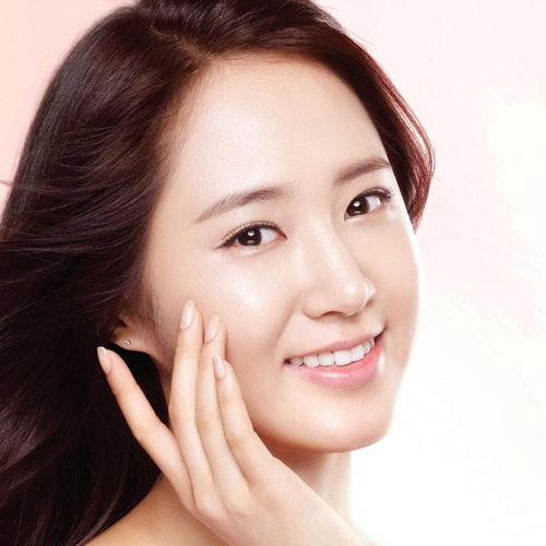 Makeup: Những mỹ phẩm nên sở hữu để có gương mặt makeup mà như không