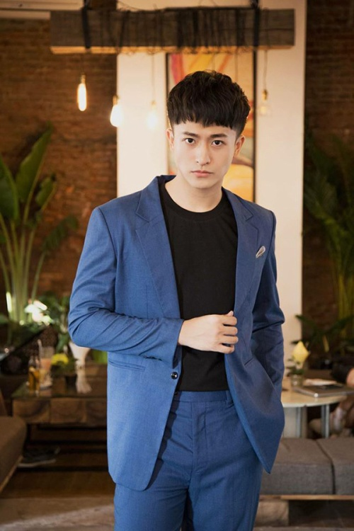 Khép lại năm 2016 với thành công nhất định trong diễn xuất, Harry Lu được dự báo sẽ tạo nhiều bất ngờ lớn cho năm 2017.