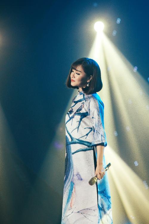 Sau 'Gửi anh xa nhớ', Bích Phương bất ngờ bật mí về dự án âm nhạc cuối năm