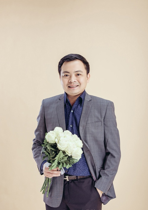 Chú rể Văn Phương hơn cô dâu 19 tuổi.