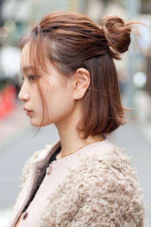 Những kiểu tóc giúp bạn 'đổi gió' liên tục để đi chơi xuân