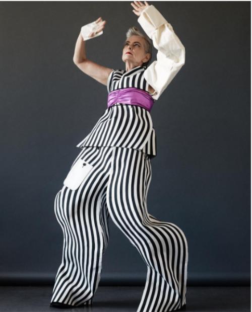 Fashionista 63 tuổi người Mỹ - mặc chất thần thái đỉnh cao khiến giới trẻ thán phục