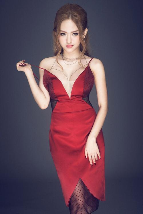 Hot girl Thúy Vi bất ngờ 'ghi danh' The Face Online mùa thứ 2 - Ảnh 4