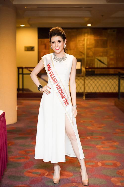 Huyền My chính thức được cấp phép tham dự Miss Grand International 2017 170418starhuyenmy-1