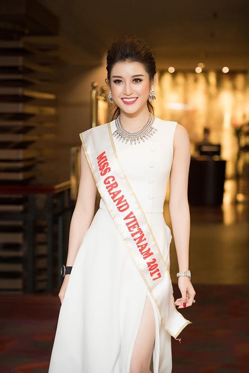 Huyền My chính thức được cấp phép tham dự Miss Grand International 2017 170418starhuyenmy-11