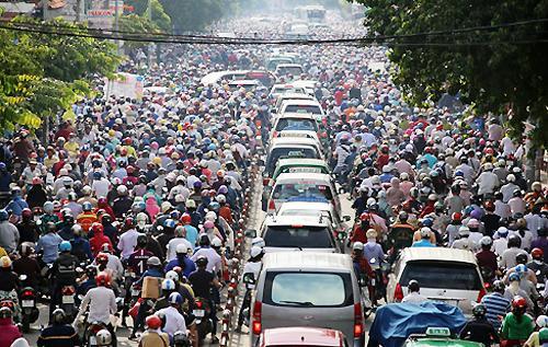 Chuyên gia: 'Xe máy là thủ phạm ùn tắc ở TP HCM, cần cấm'