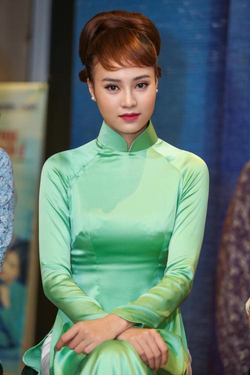 Cô Ba Sài Gòn là dự án phim khá đặc biệt, gợi nhớ về Sài Gòn của một thời ký ức, với những tà áo dài dịu dàng mà quyến rũ trong những năm 60 của thế kỷ 20. Trong đó, vai diễn của Ninh Dương Lan Ngọc sẽ có vai trò trung tâm, tạo nên sức hút đặc biệt của toàn mạch truyện.
