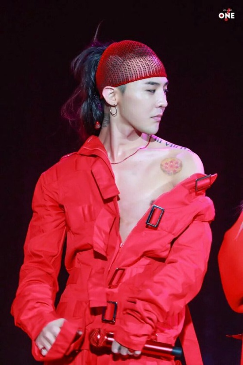 Chỉ trong 1 ngày, G-Dragon đã thu về hơn 25 tỷ tiền bán album tại Trung Quốc