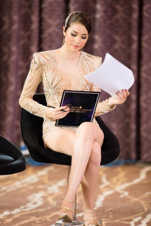 Phạm Hương và loạt khoảnh khắc 'hớp hồn' fan tại Miss Universe Vietnam 2017