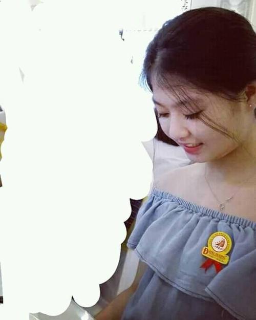 Cư dân mạng thi nhau chia sẻ 'những góc nghiêng thần thánh' của nữ sinh Việt - ảnh 10
