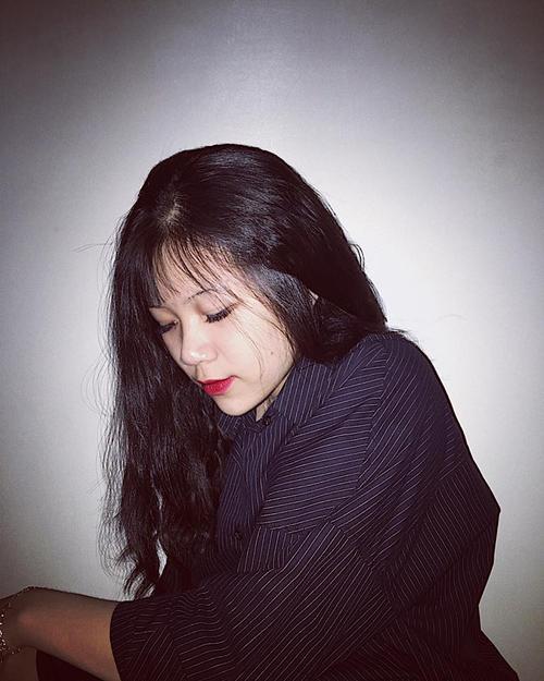 Cư dân mạng thi nhau chia sẻ 'những góc nghiêng thần thánh' của nữ sinh Việt - ảnh 14