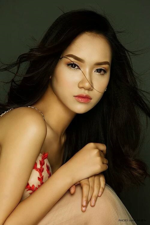 Nhan sắc xinh đẹp của nữ sinh Việt tham gia cuộc thi Hoa khôi các trường Đại Học Thế giới - ảnh 1