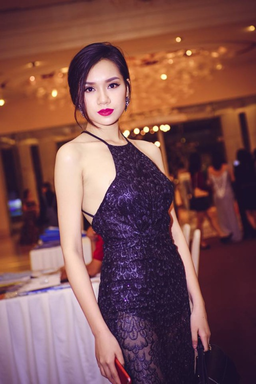 Nhan sắc xinh đẹp của nữ sinh Việt tham gia cuộc thi Hoa khôi các trường Đại Học Thế giới - ảnh 8